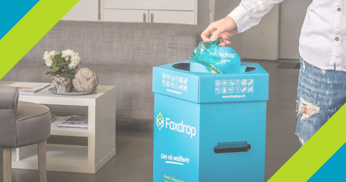 Un collaborateur utilise un bac collecteur Foxdrop