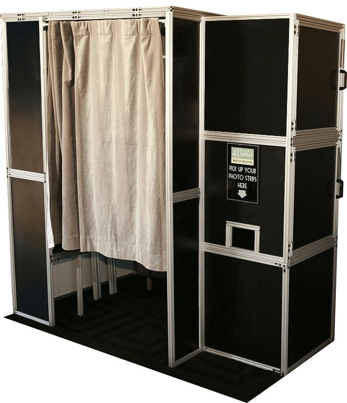 4 flashes photo booths