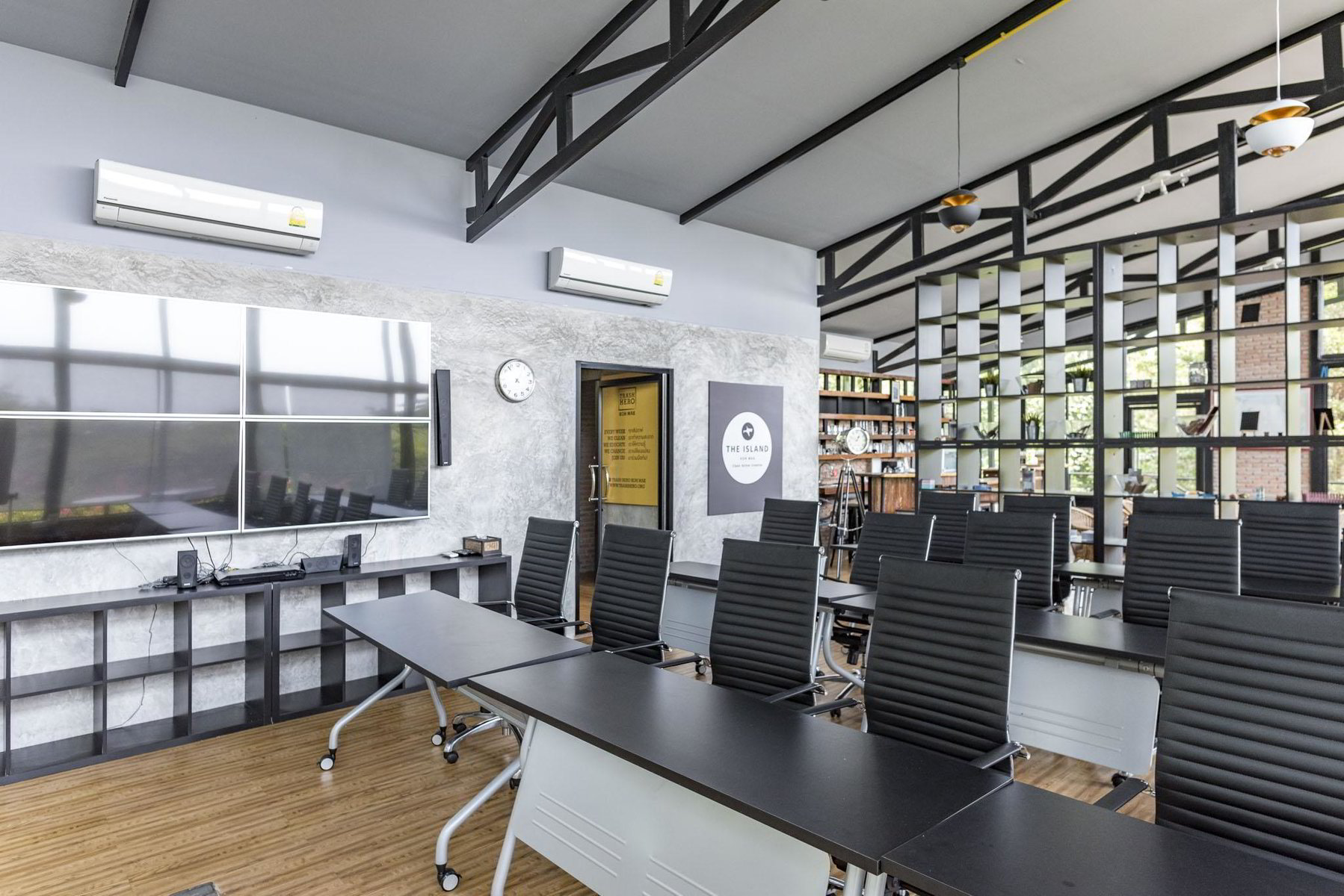 Workation Coworking space on Koh Mak Island for business professionals to work remotely