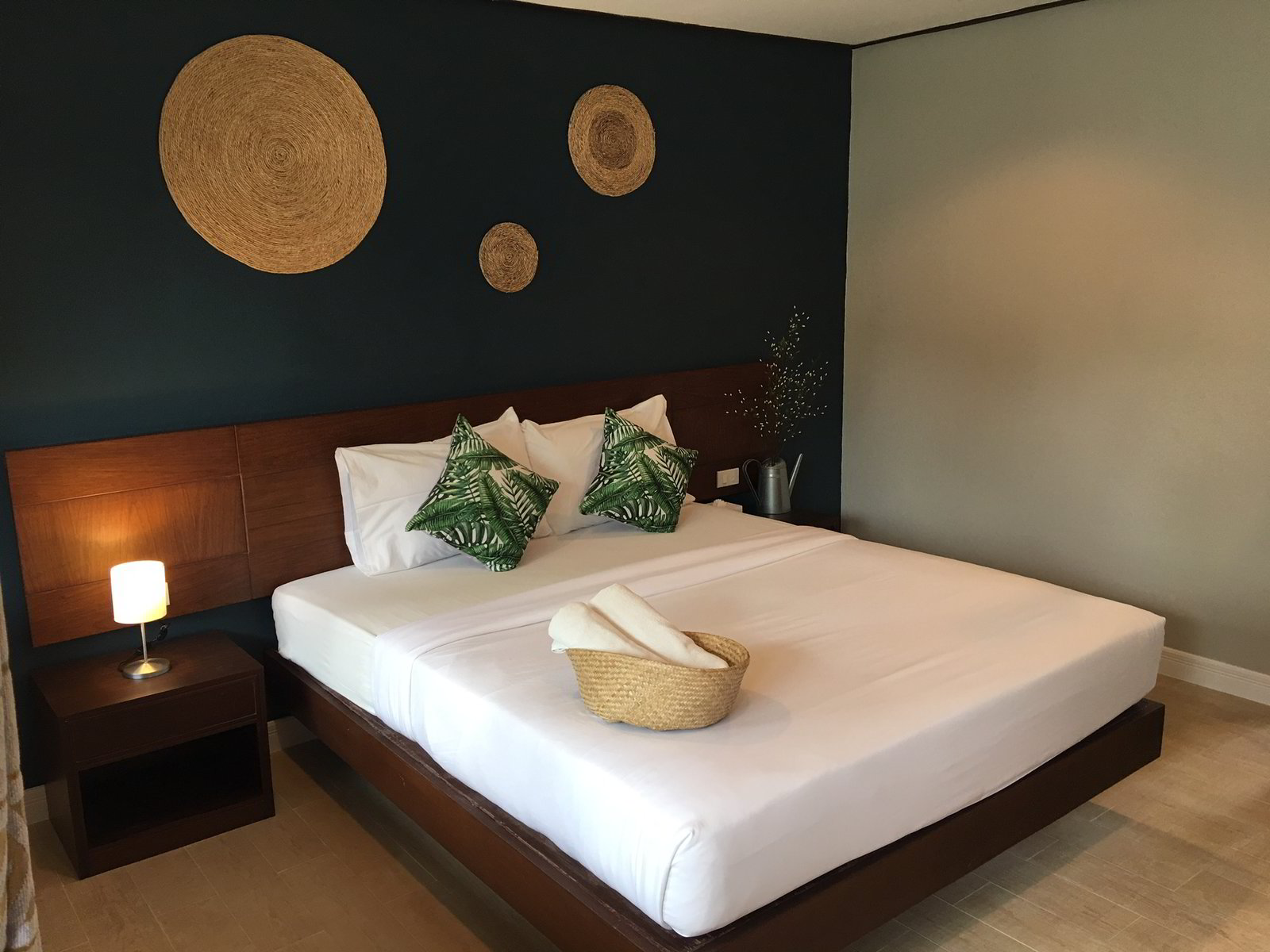 Best Hotels in Pattaya with Standard Room at Lets Hyde Resort & Villas
