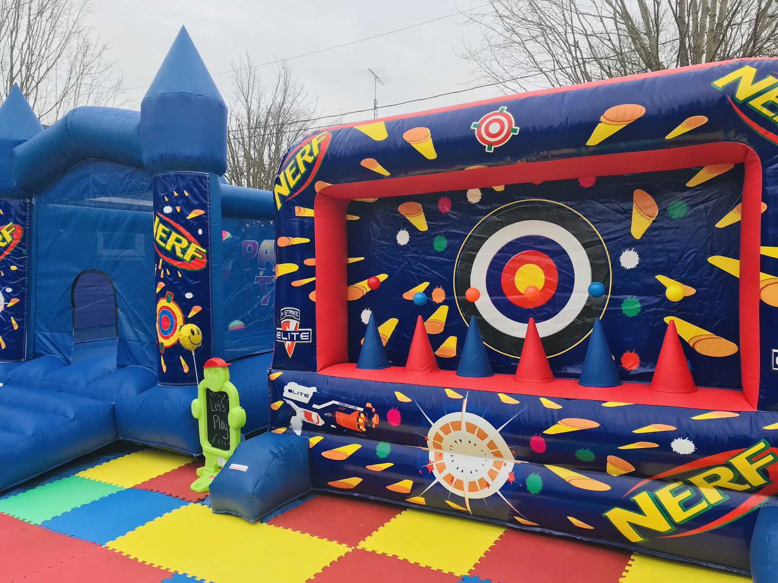 Nerf Bouncy House Combo with Nerf Target Shooter