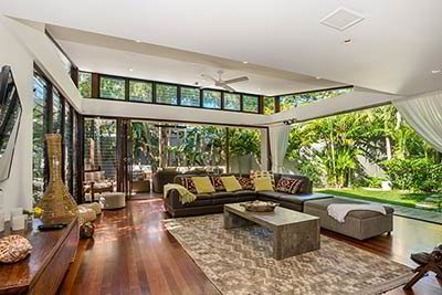 Byron Bay luxury accommodation - Pavilion 2 at Broken Head