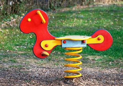 playground rocking horse ZRCyVE