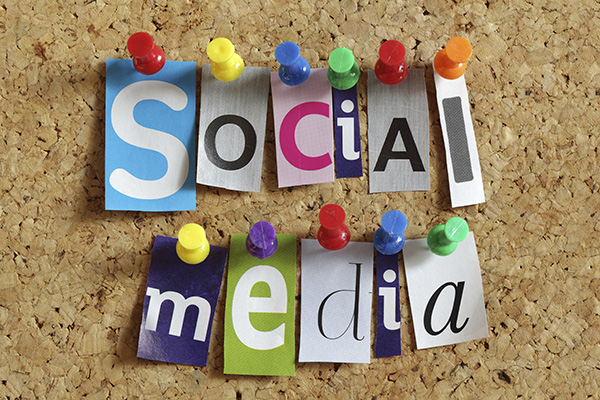 10 Tips for Writers on Creating Perfect Social Media Posts from Guy Kawasaki and Peg Fitzpatrick