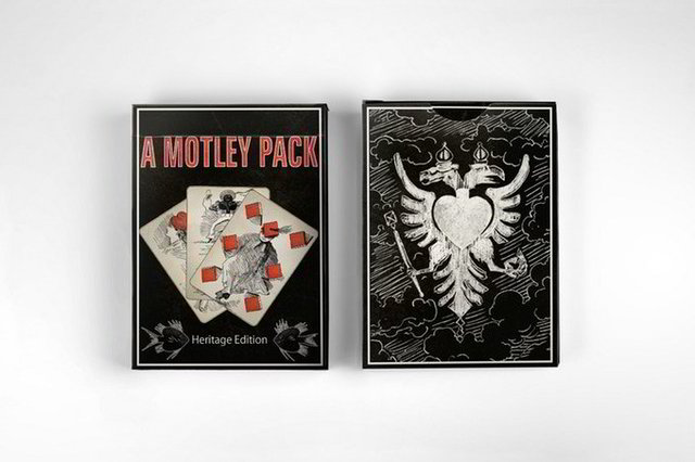 A Motley Pack - Heritage Edition Gilded (Transformation Playing Cards)