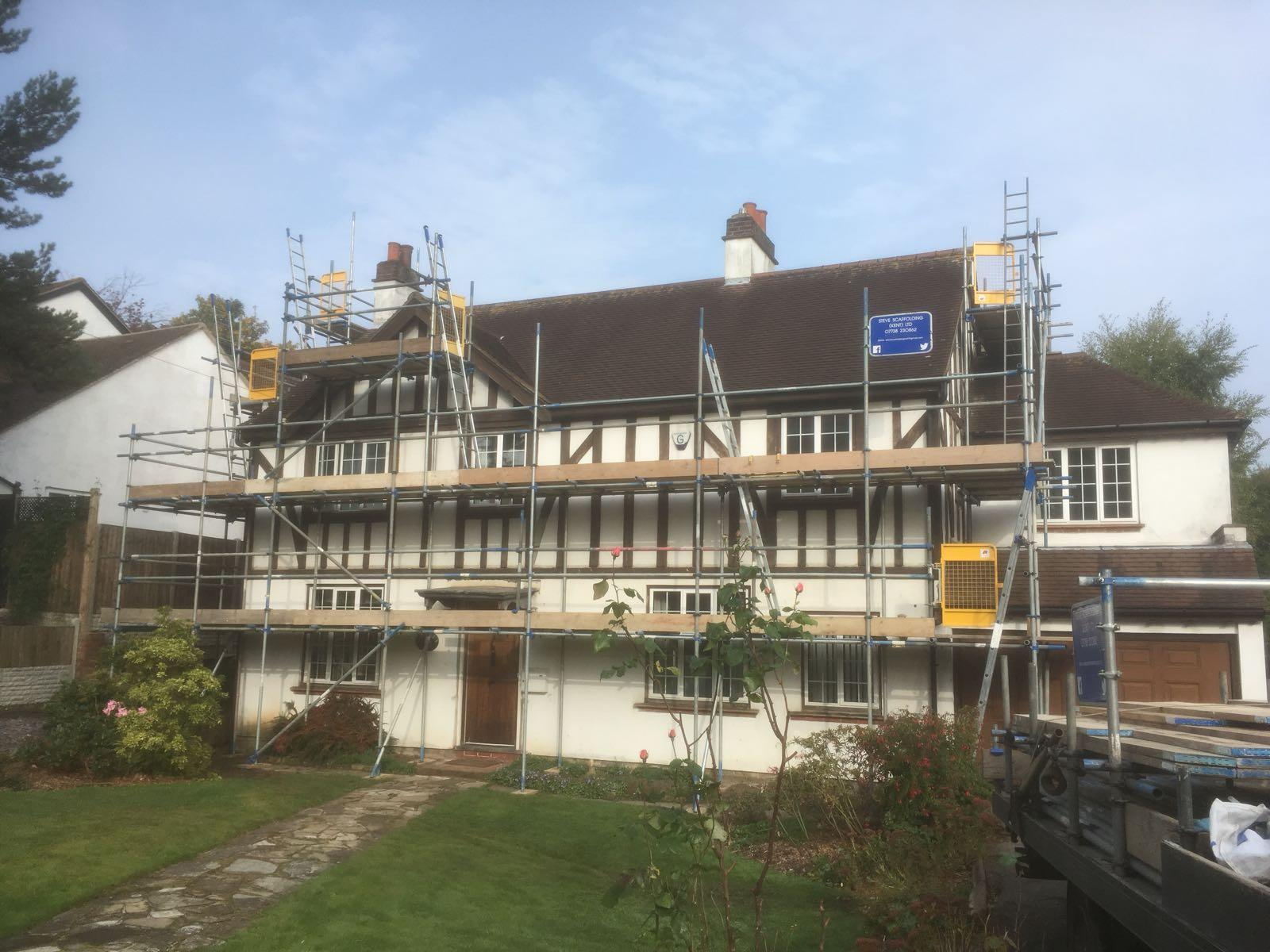 scaffolding installation on a residential property | Scaffolding company in Medway