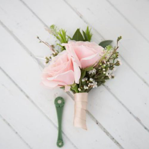 Baby Breath Rose Boutonniere