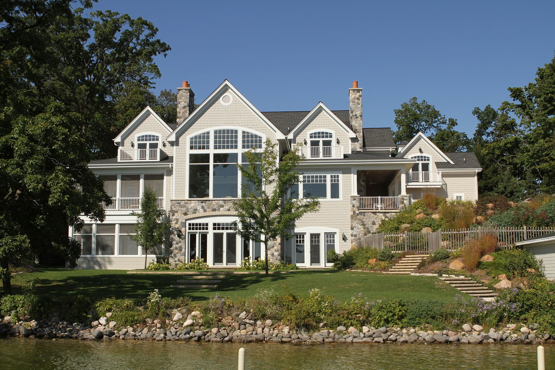 Custom Lake Homes, Lake Home Construction in Southeastern Wisconsin